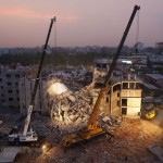 130429-bangladesh-building-collapse-17