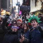 Dân Mỹ mặc tã chờ đón Giao thừa 2015