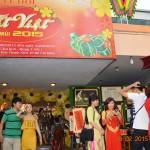 Lang thang lễ hội Tết Việt Ất Mùi ở Nhà Văn hóa Thanh niên
