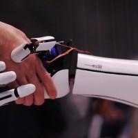 exiii-bionic arm-00