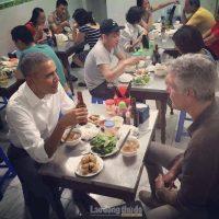 160523-obama-vietnam-buncha-02