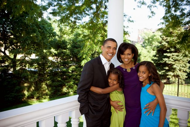 barack-obama-family-48
